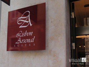 Visual Up - Hotel Arsenal Featured